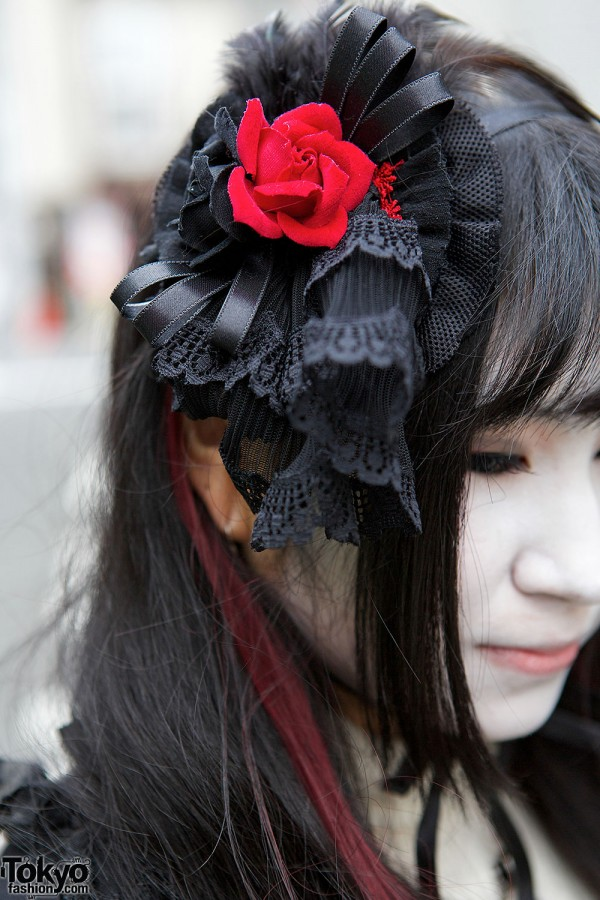 Lace & Flower Hair Accessory