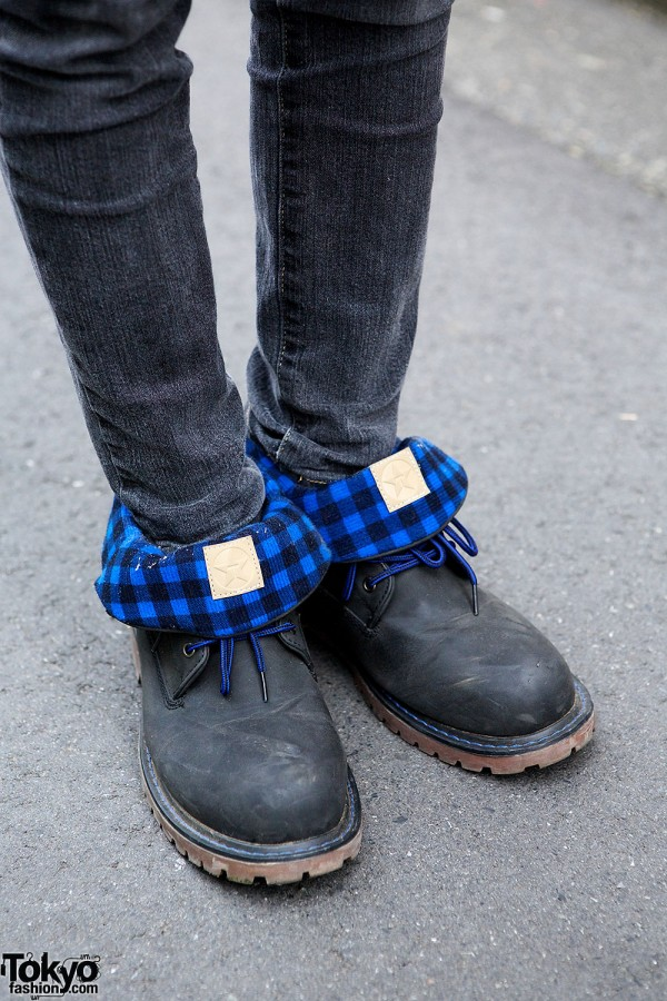 Check-lined Shoes
