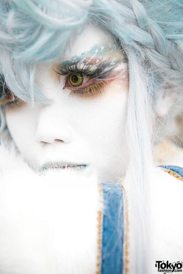 Minori's Blue Shironuri Makeup