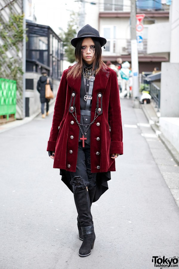 Spider Web Makeup & Gothic Fashion w/ Putumayo & Black Peace Now in Harajuku