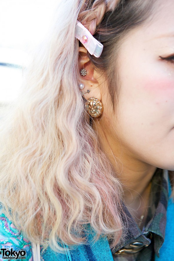 Large Earring & Pastel Hair Bow