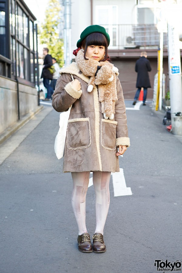 """Moomin and Little My"" Tote, Syrup Muffler & Shearling Coat in Harajuku"