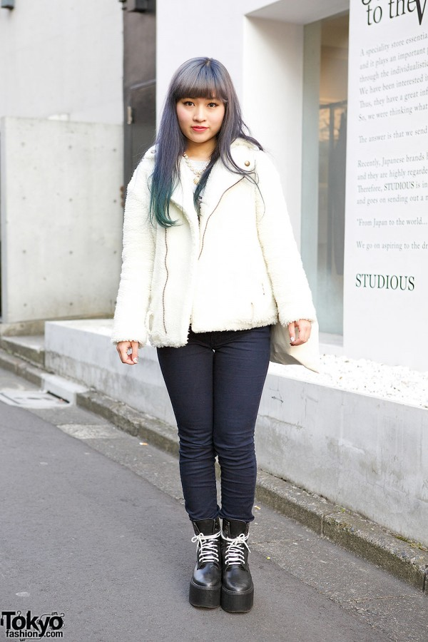 Fuzzy Jacket & Skinny Jeans in Harajuku
