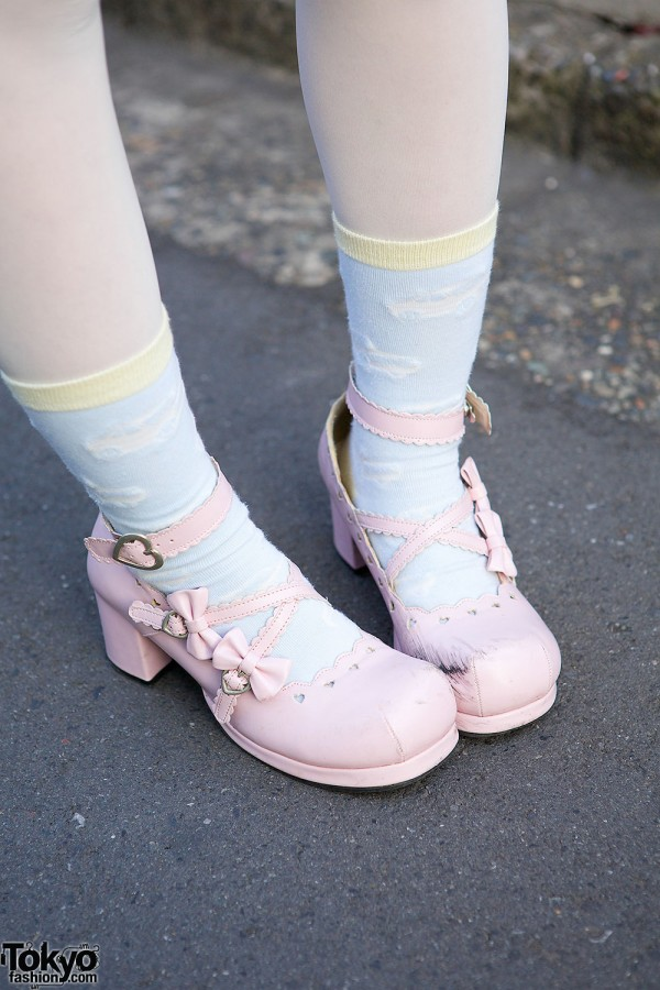 Body Line Pink Bow Shoes