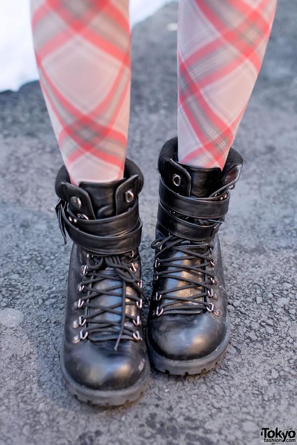 Avail Boots & Tartan Tights
