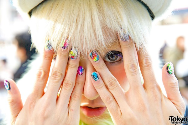 Colored Nail Art & Colored Contacts