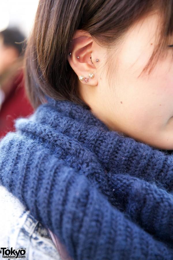 Stud Earrings & Circle scarf
