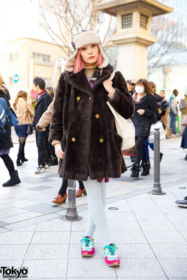 Pink Hair & Trapper Hat w/ Bubbles Harajuku Coat & Twinkle Everyday Tote