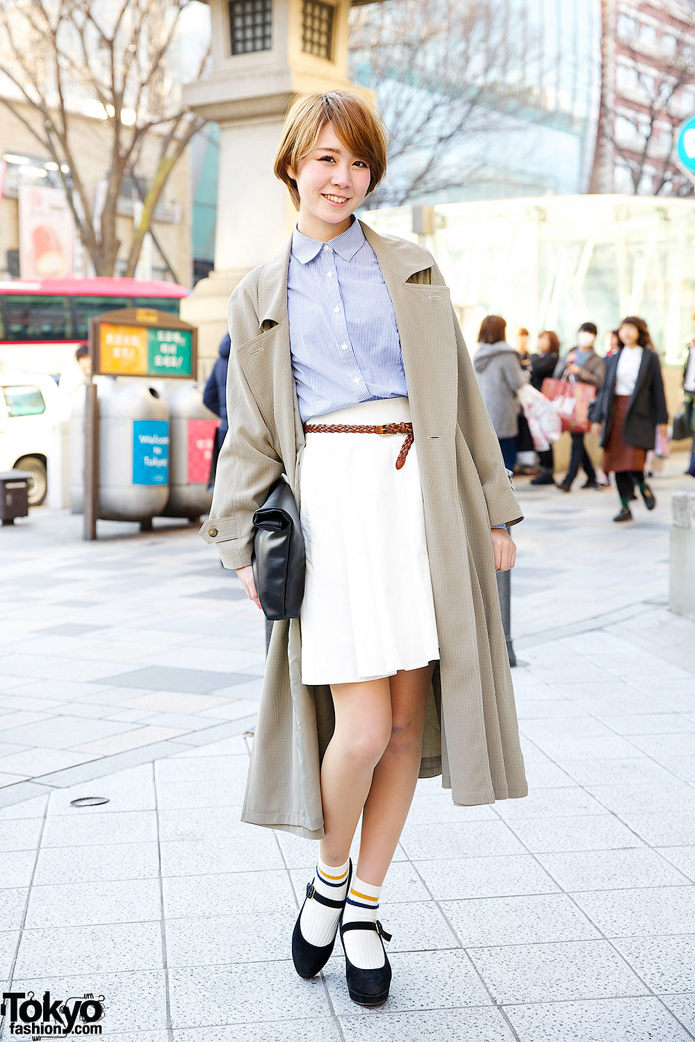 harajuku model in trench coat w tittyampco goocy clutch