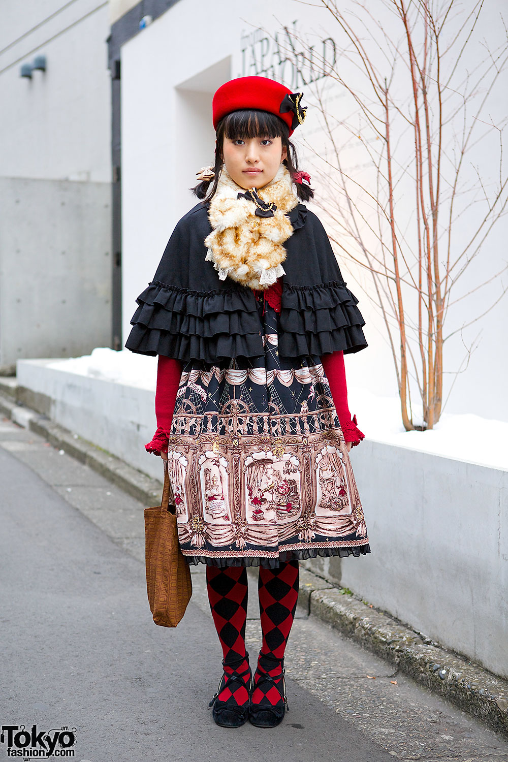 Alice and the Pirates & Black Peace Now Outfit