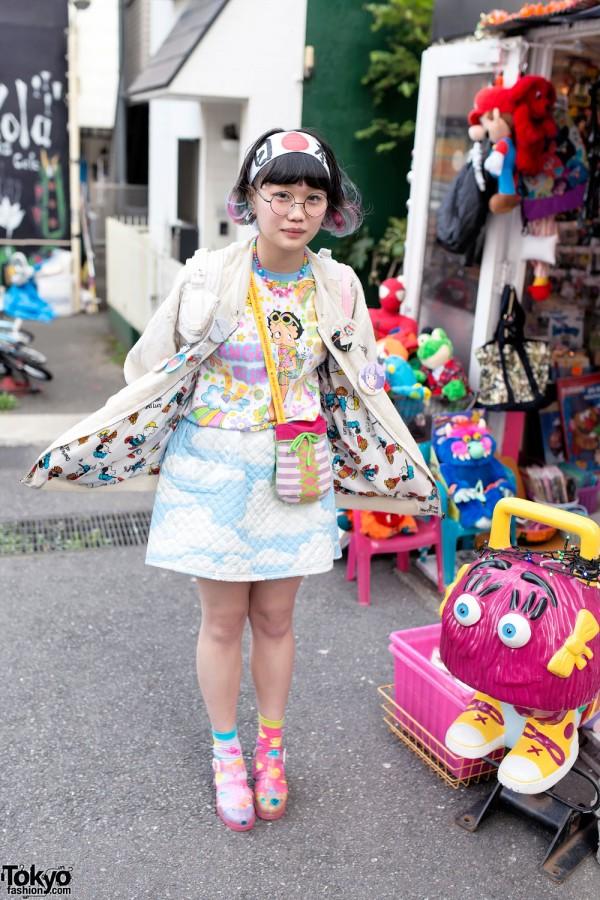 Elleanor in Harajuku Wearing Himitsu Kessya