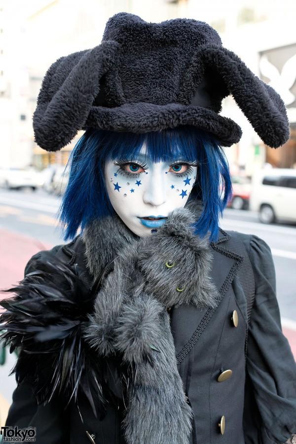Japanese Shironuri in Rabbit Ears Top Hat
