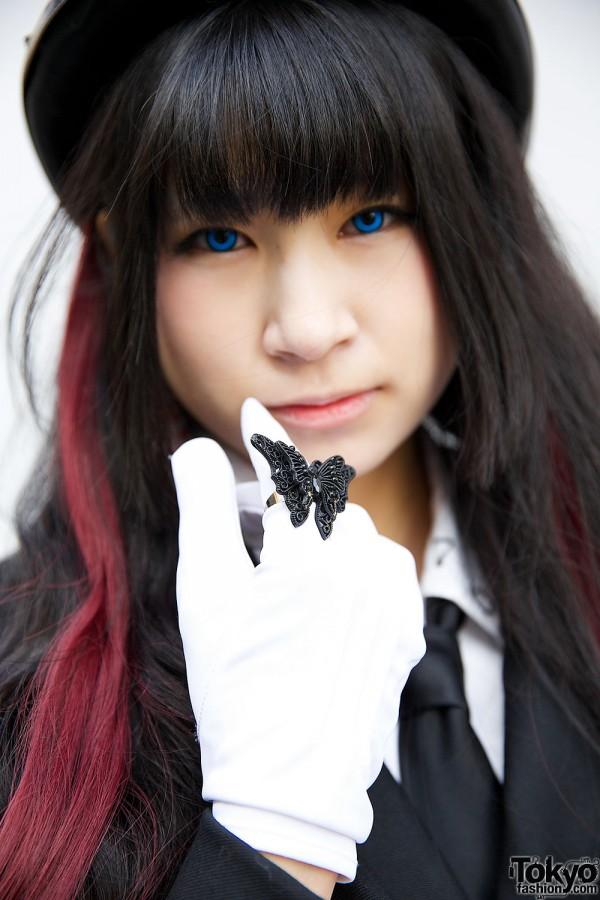 Butterfly Ring & Okadaya Gloves
