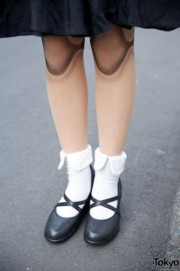 Ball Joint Doll Tights & Cross Strap Shoes