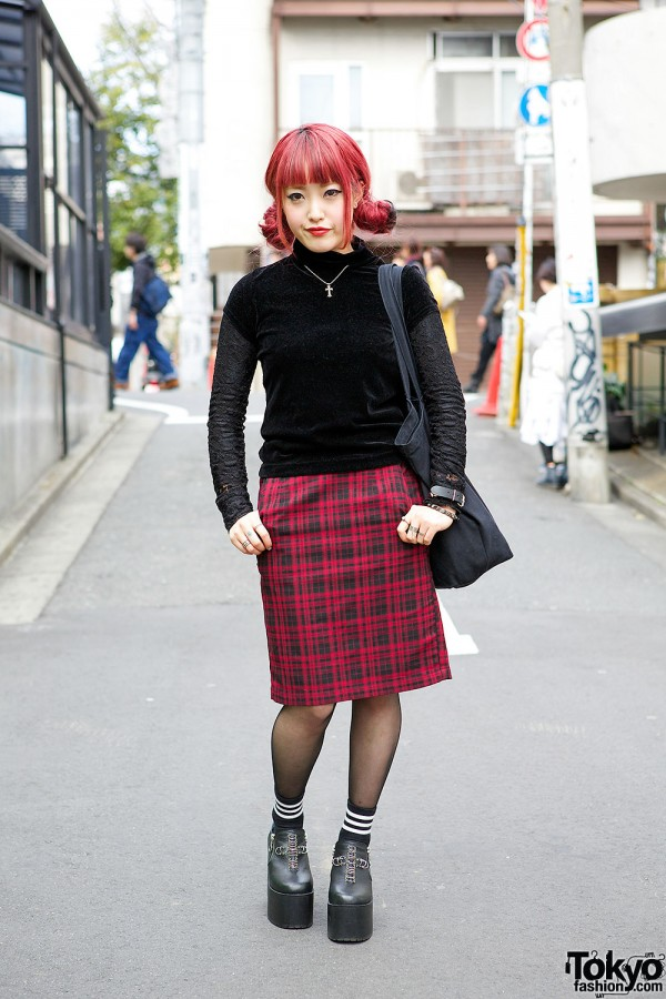 Cute Red Hairstyle, Bubbles Harajuku Top & UNIF Cross Platforms