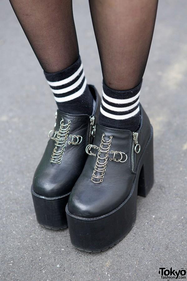 UNIF Platform Shoes