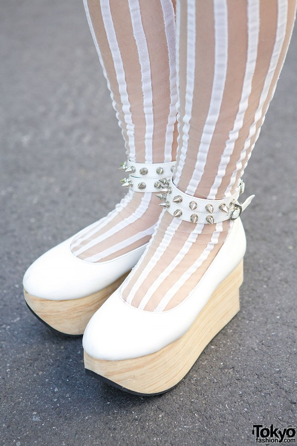 Body Line Rocking Horse Shoes with Studs