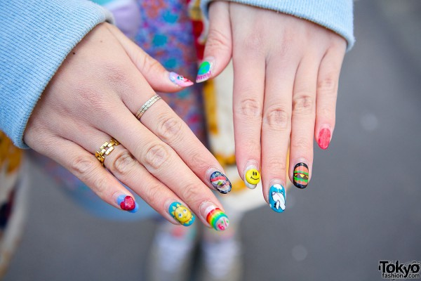 Golden Rings & Colorful Nail Art