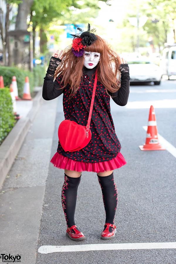 Harajuku Shironuri in Polka Dots w/ Berry Print & Heart Handbag