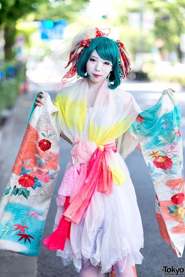 Shironuri in Kimono Sleeve Dress