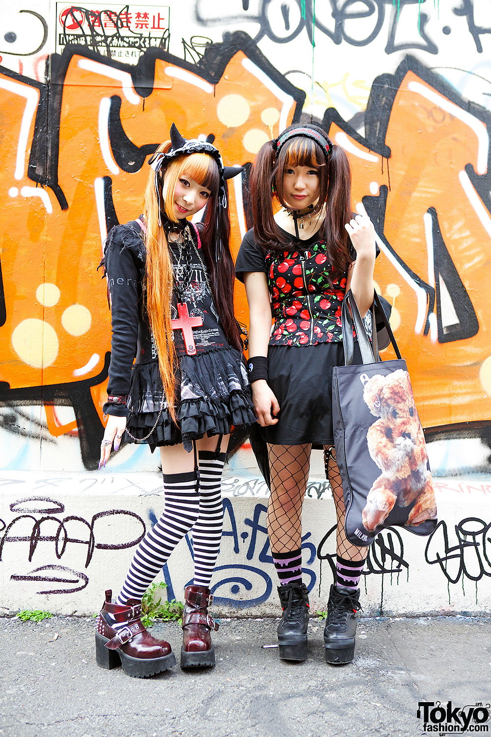 Harajuku Girls in Twin Tails