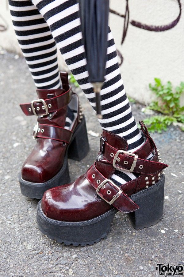 Yosuke Shoes & Striped Socks