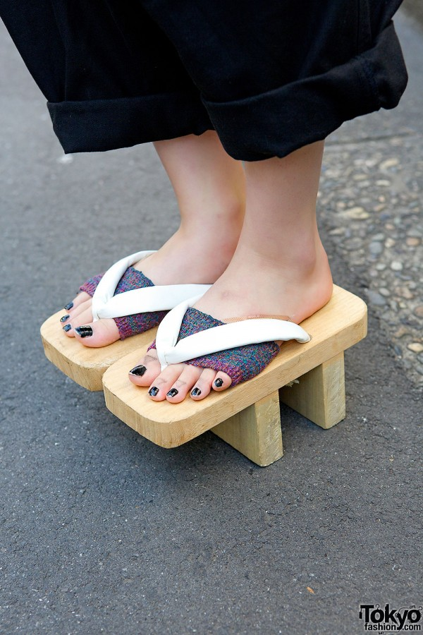 New York Joe Exchange Geta Sandals