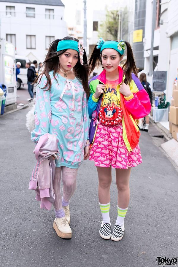 Twintails w/ Headbands, Tiger Backpacks & Colorful Fashion in Harajuku