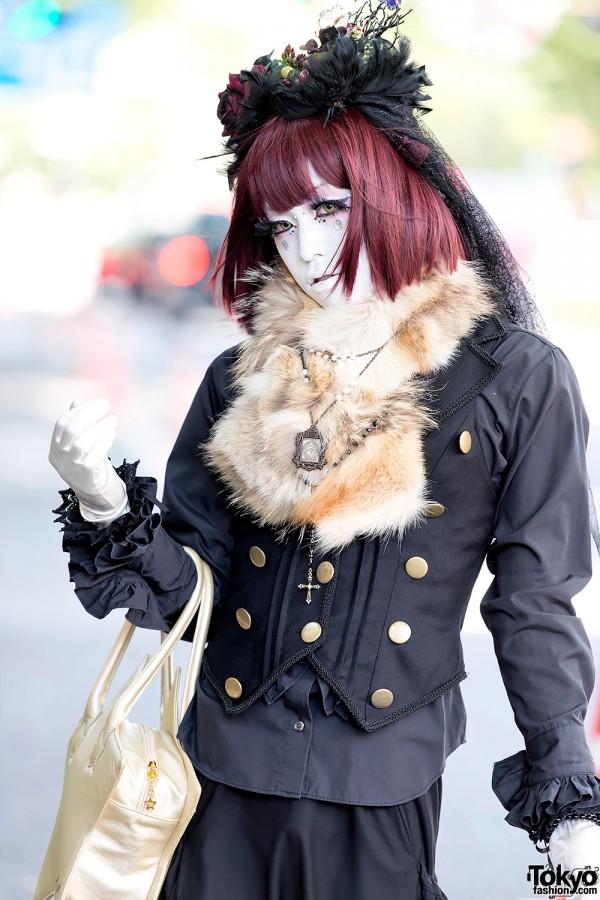 Red Hair & Shironuri Makeup in Harajuku
