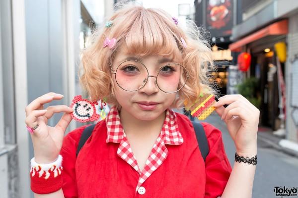 Cute Earrings & Round Glasses