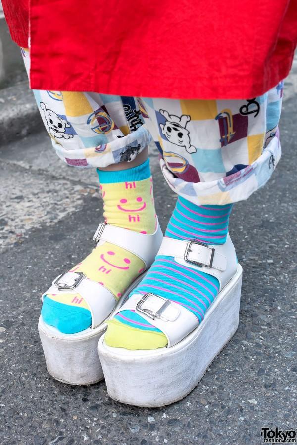YRU Platform Sandals & Mismatached Socks