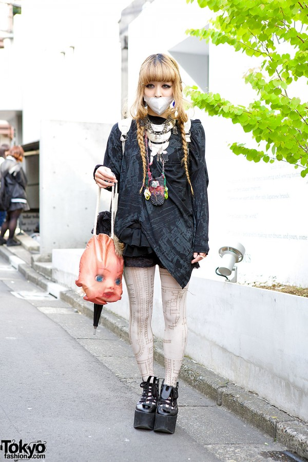 Harajuku Girl in Grimoire Tokyo Skirt