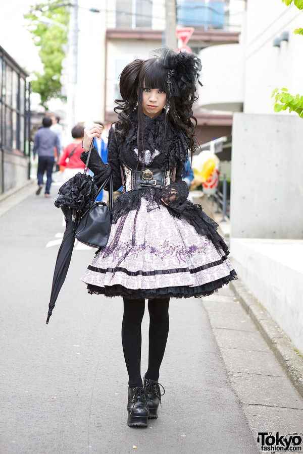Gothic Lolita in Frill Dress