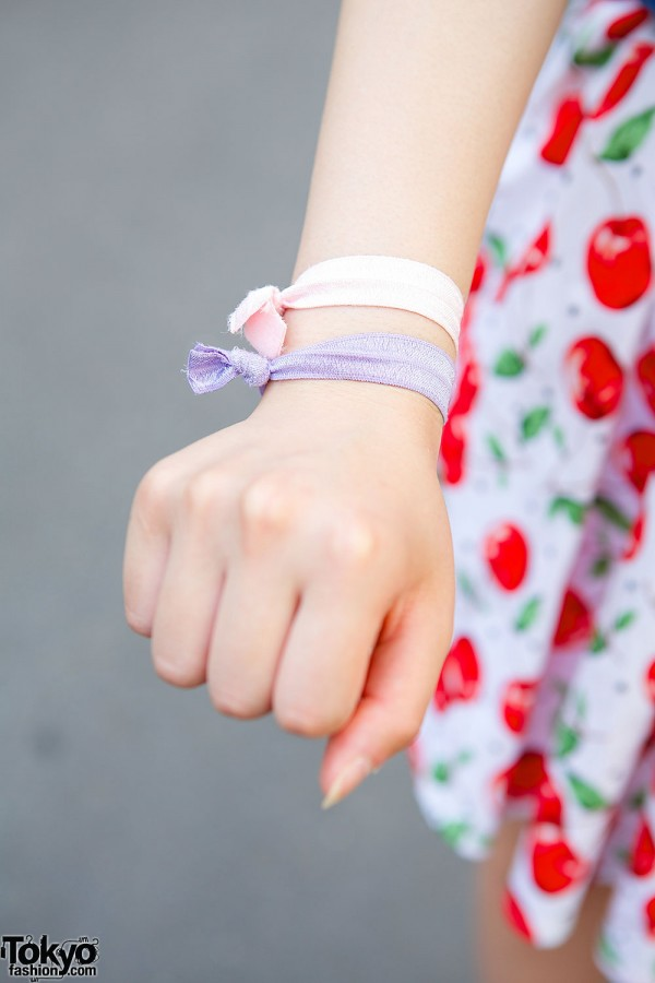 Hair Ties as Bracelets