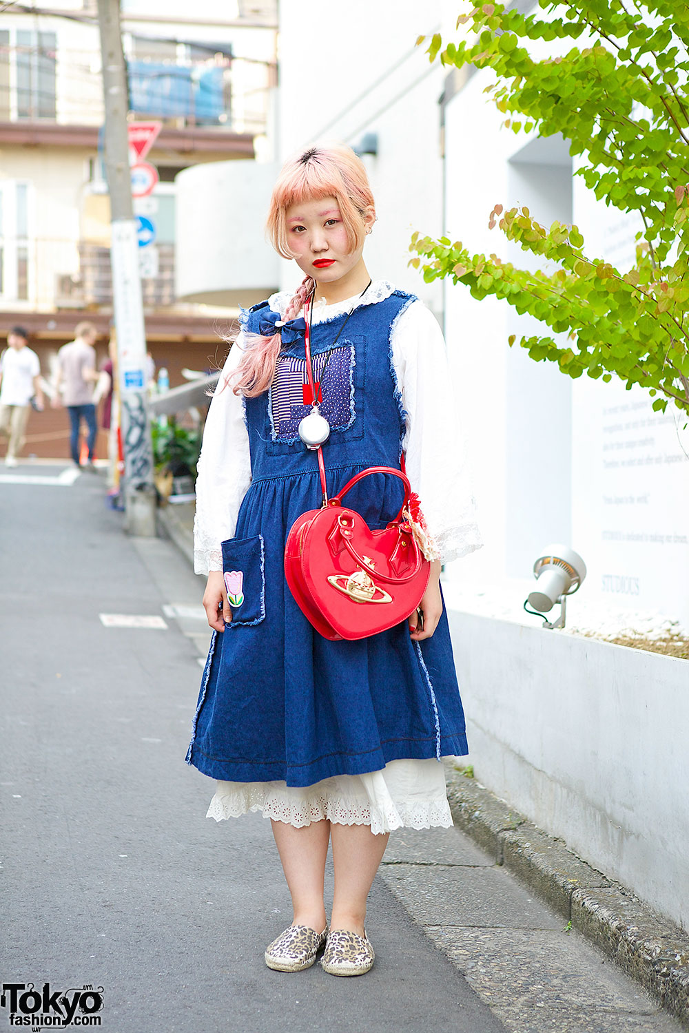 79ae23a3d8243 Pink Braided Hair w  Resale Layered Dresses   Vivienne Westwood Heart Bag  in Harajuku