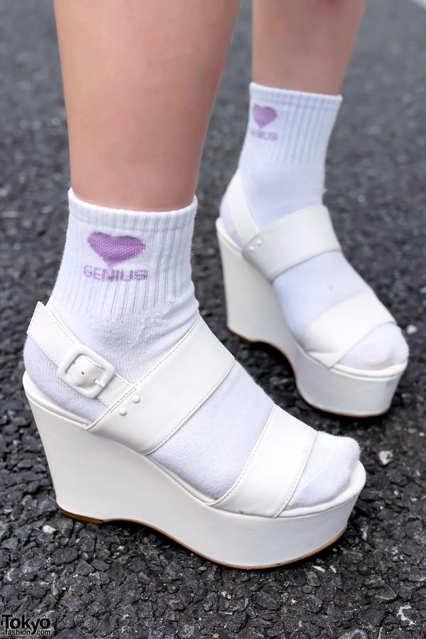 R&E/Rezoy Platform Sandals