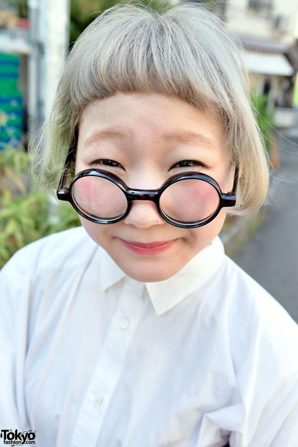 Girl in Round Glasses & Short Hair in Harajuku