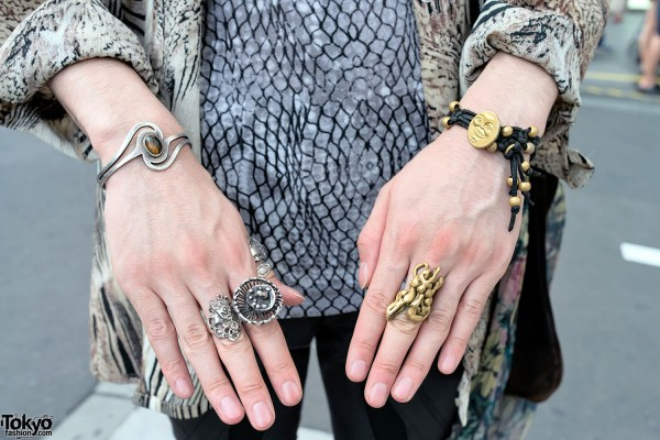 Vintage Rings & Bracelets in Harajuku