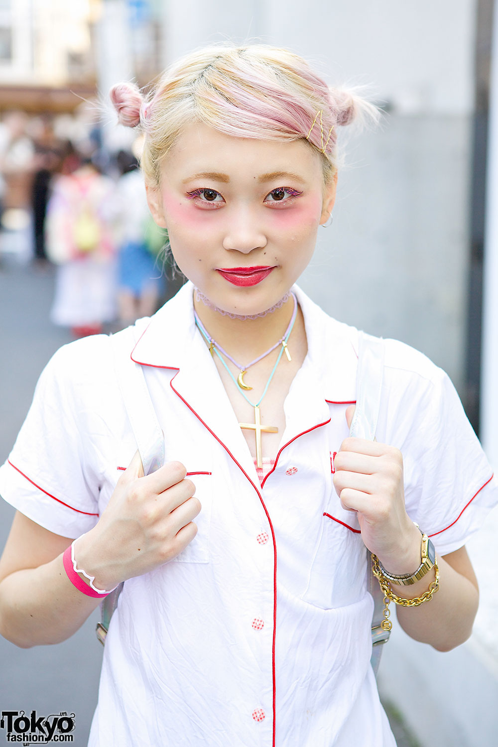 Pink Haired Harajuku Girl In Lillilly Amp Givenchy Vs Guy