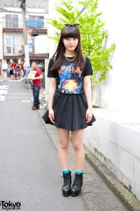 Def Leppard T-shirt & Mini Skirt