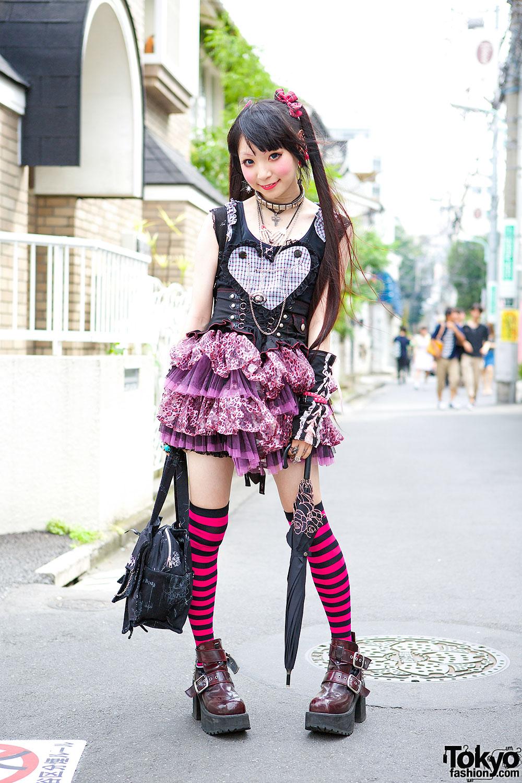 Gothic Harajuku Girl In Corset & Tutu