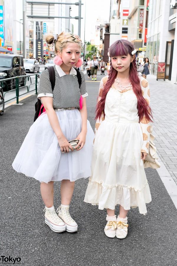 Manapyon & Ririan in Harajuku w/ Vintage Fashion & Cute Hairstyles