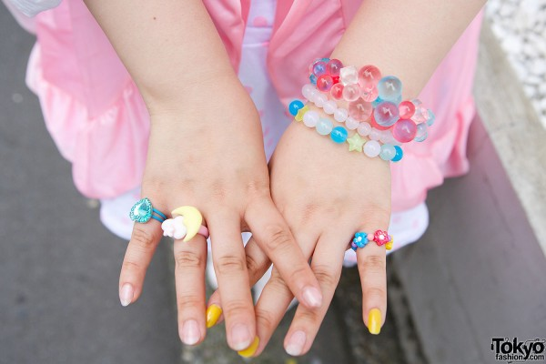 6%DokiDoki Bracelets & Rings