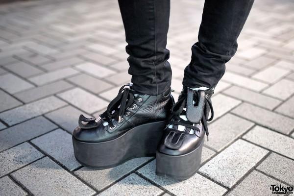 Skinny Jeans & Tokyo Bopper Shoes
