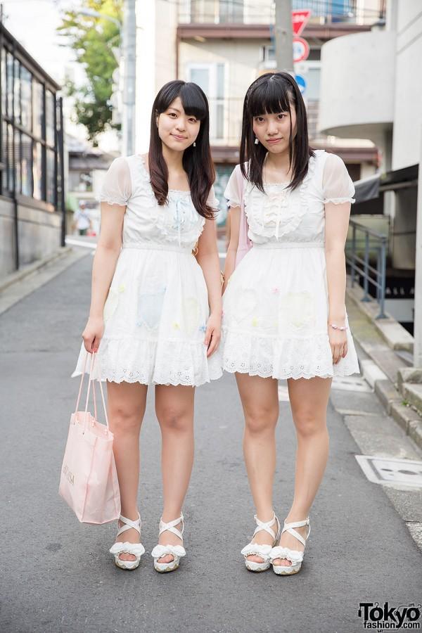 Harajuku Girls in Matching Liz Lisa Dresses w/ Nile Perch & Samantha Vega