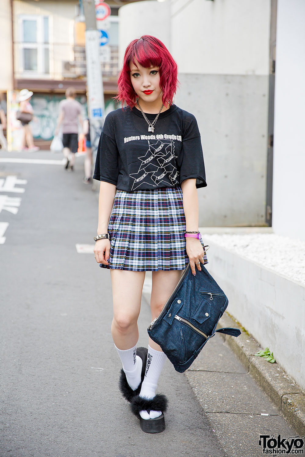 Harajuku Fashion Blogger W Fuchsia Hair American Apparel Plaid Skirt Justin Davis