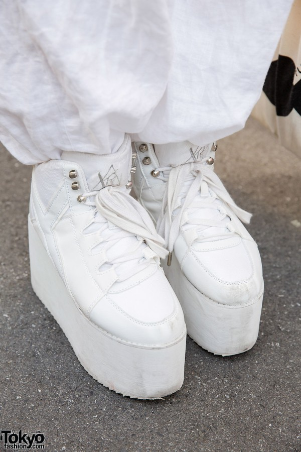 White YRU Platforms