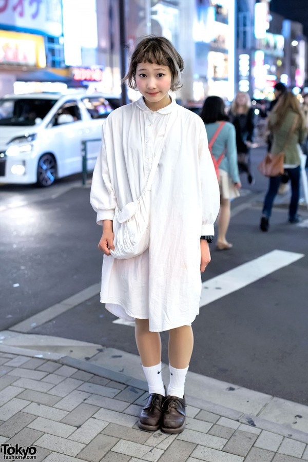 Nari Saito's All-White Resale Fashion