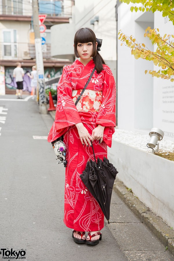 Red Yukata & Geta Sandals w/ Pill Earrings & Round Bag in Harajuku
