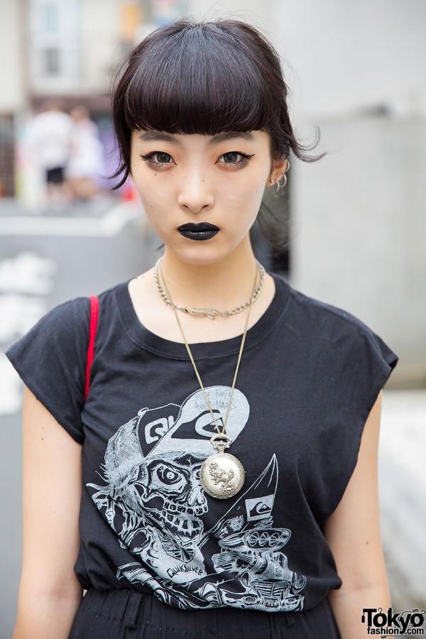 Harajuku Girl in All Black